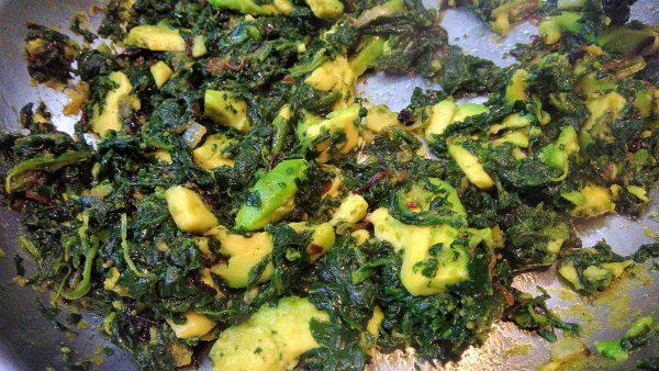Fried Avocado, Onion & Spinach