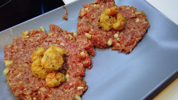 Ground Beef Patties with Fried Shrimps
