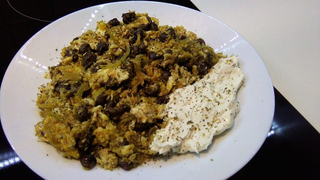 Scrambled Eggs, Chicken Hearts & Onion