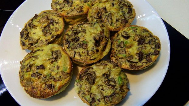 Egg Muffins with Avocado & Mushrooms